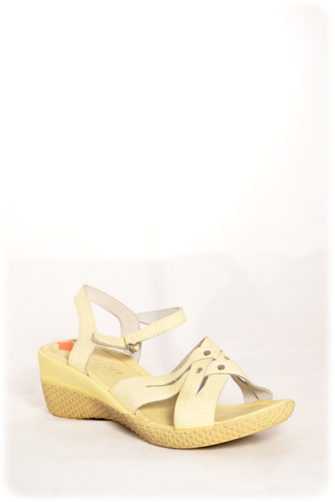 Босоножки . Артикул: Comfort 9516 beige